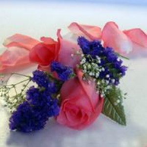 233_corsage_pink